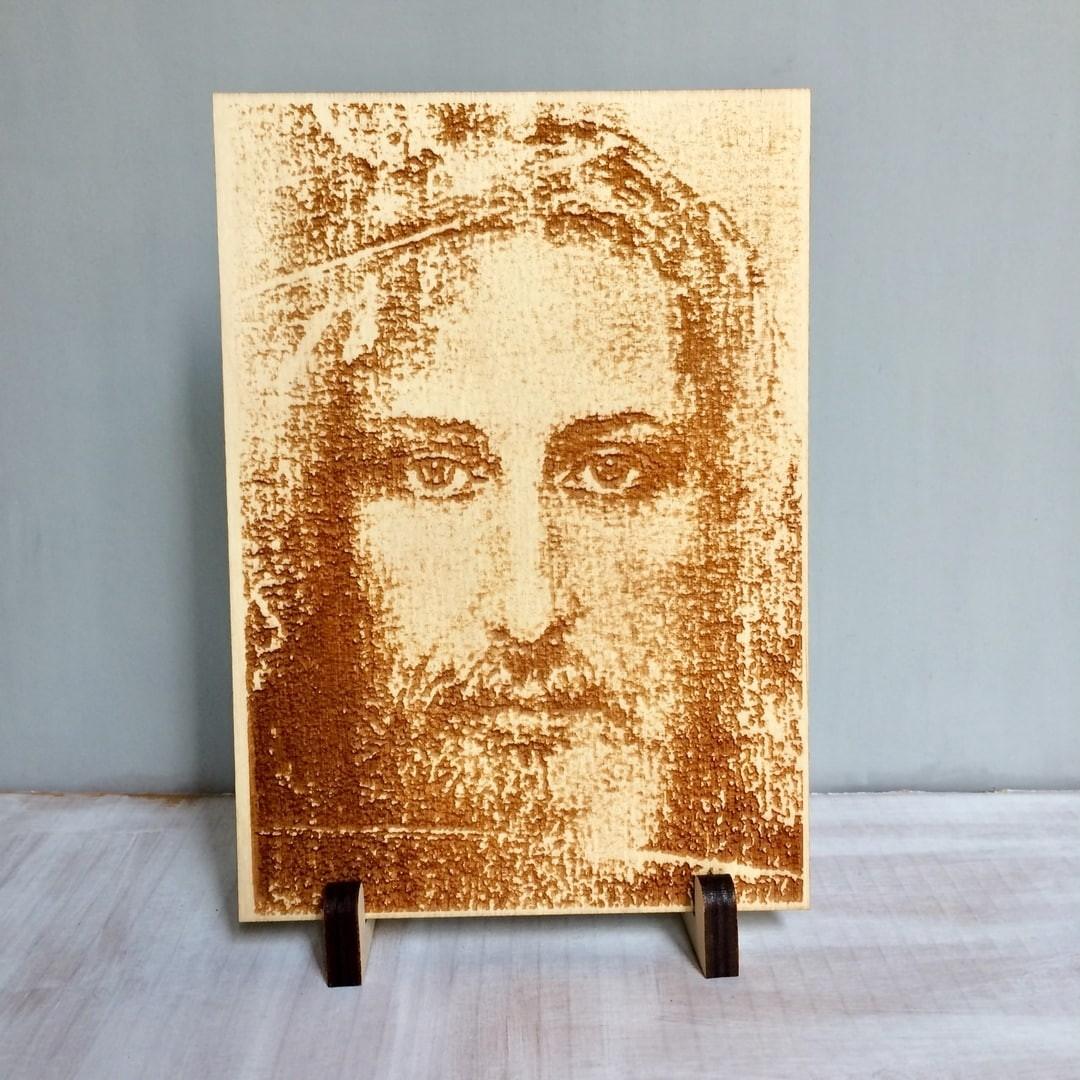 """Абразок з дрэва """"Твар Ісуса"""""""